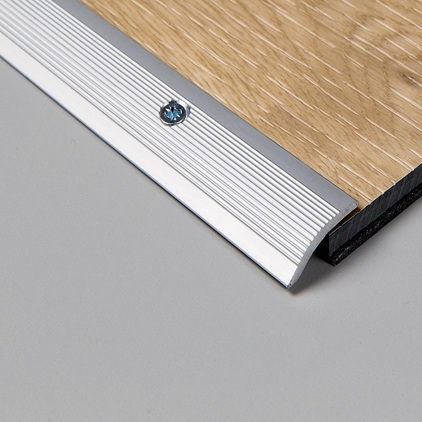 perfil de adaptacion de livyn 2. Black Bedroom Furniture Sets. Home Design Ideas